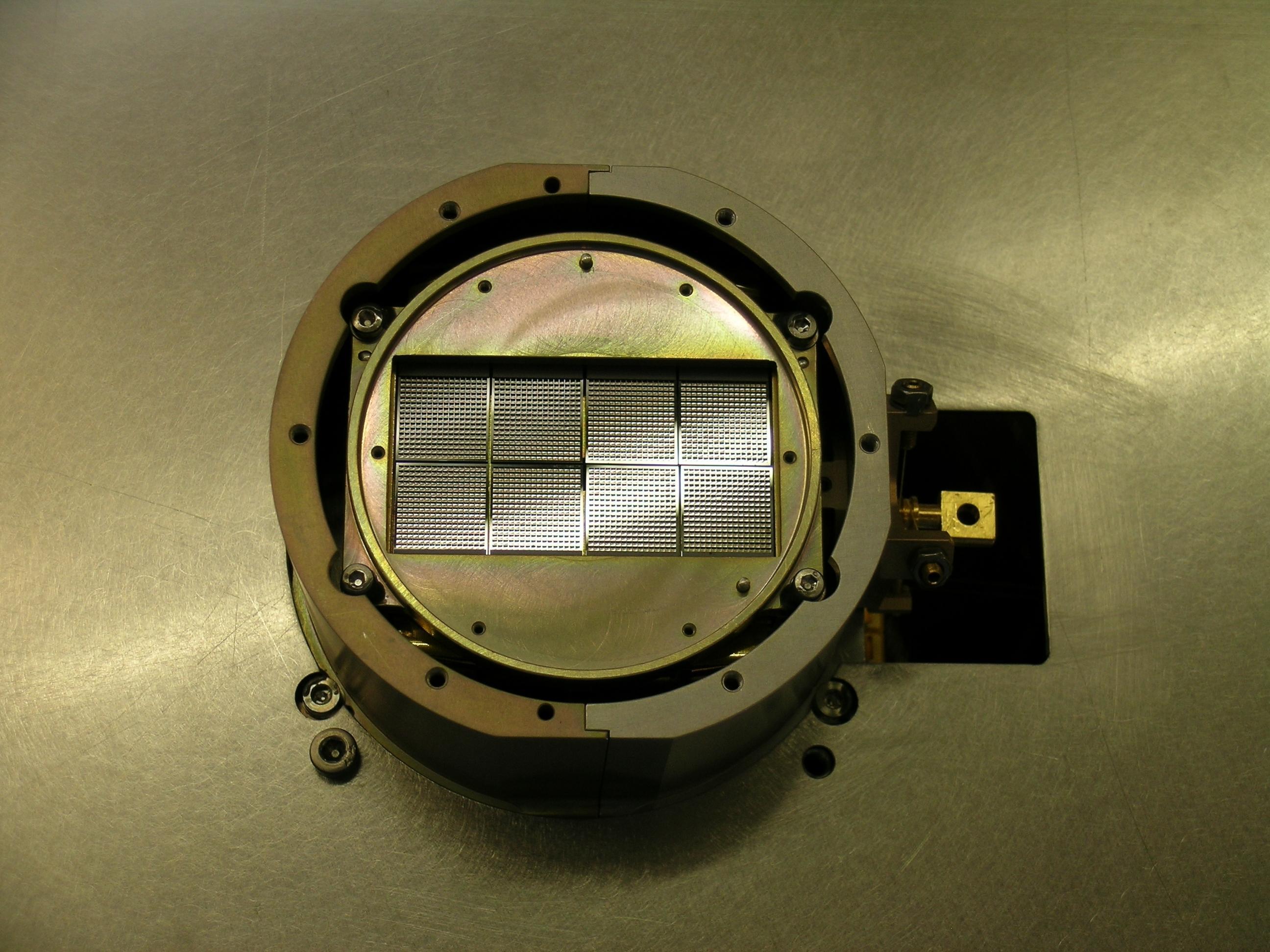 Le t lescope spatial herschel for Miroir parabolique telescope