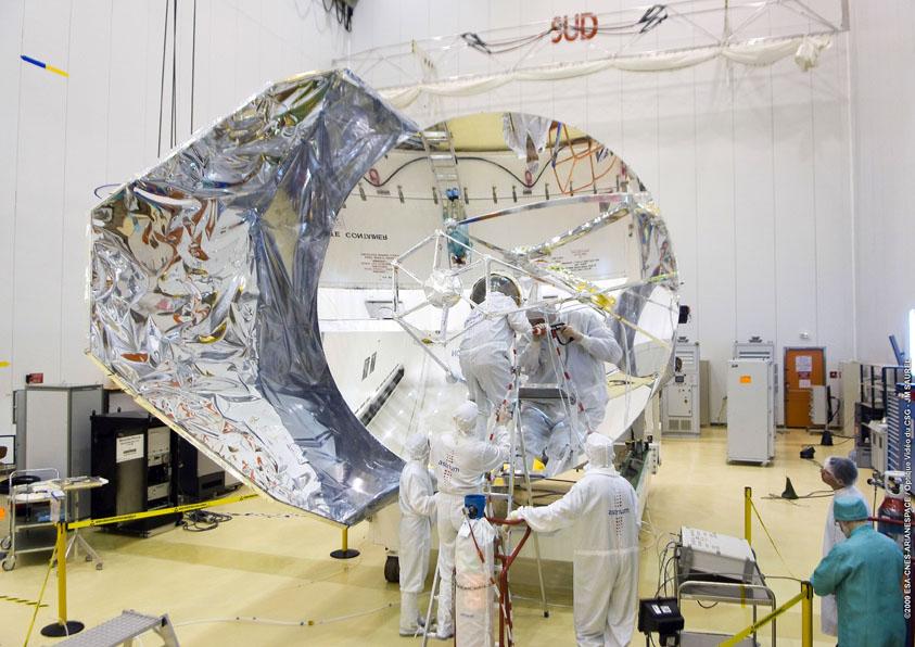 [Vote] Photo du mois (Avril 2012) Herschel-a-kourou4